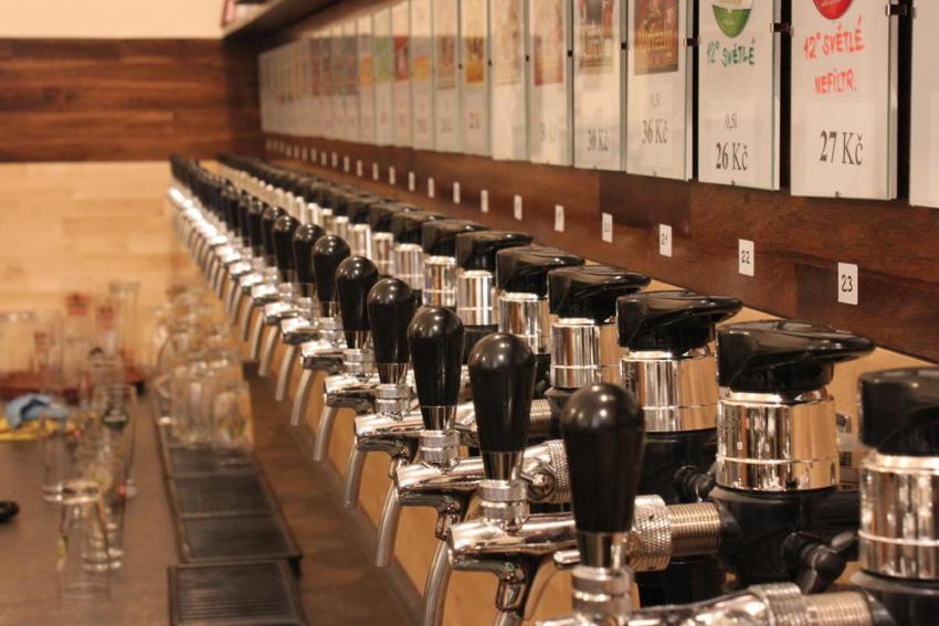 ВВоронежской области девушке грозят исправительные работы за реализацию пива подростку