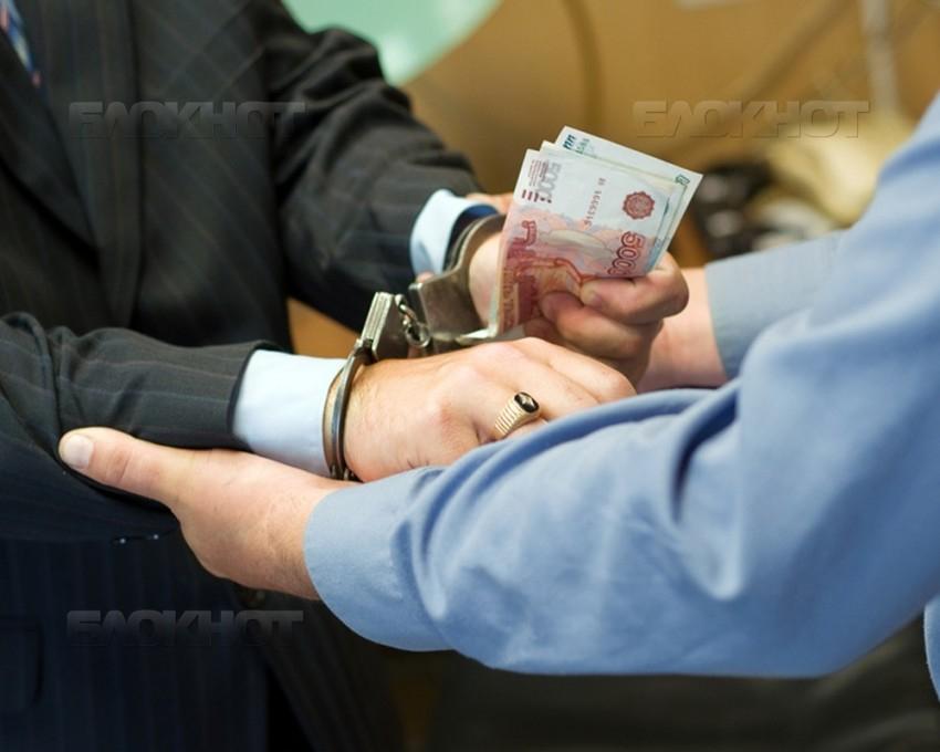 Воронежскому адвокату грозит 6 лет за решение проблем студентки юрфака ВГУ