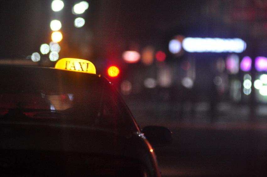 Воронежские полицейские задержали преступников таксиста наулице Елецкой