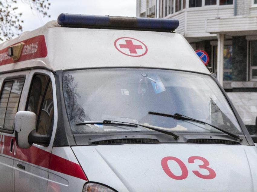 ВВоронеже пьяная девушка выпала изокна пятиэтажки иосталась жива