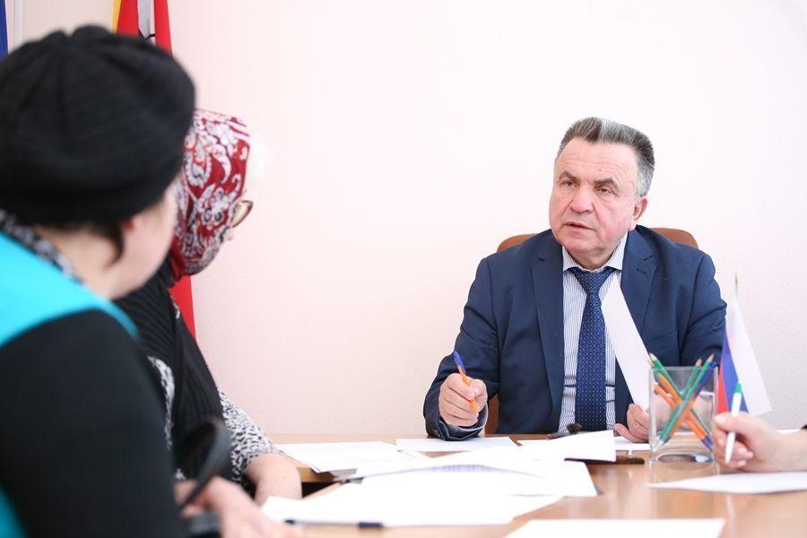Лишь один депутат Воронежской облДумы отважился купить квартиру в Европе