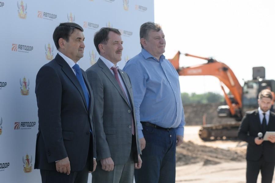 Гордеев призвал строить быстрее дорогу под Воронежем, Левитин – не догонять европейские страны