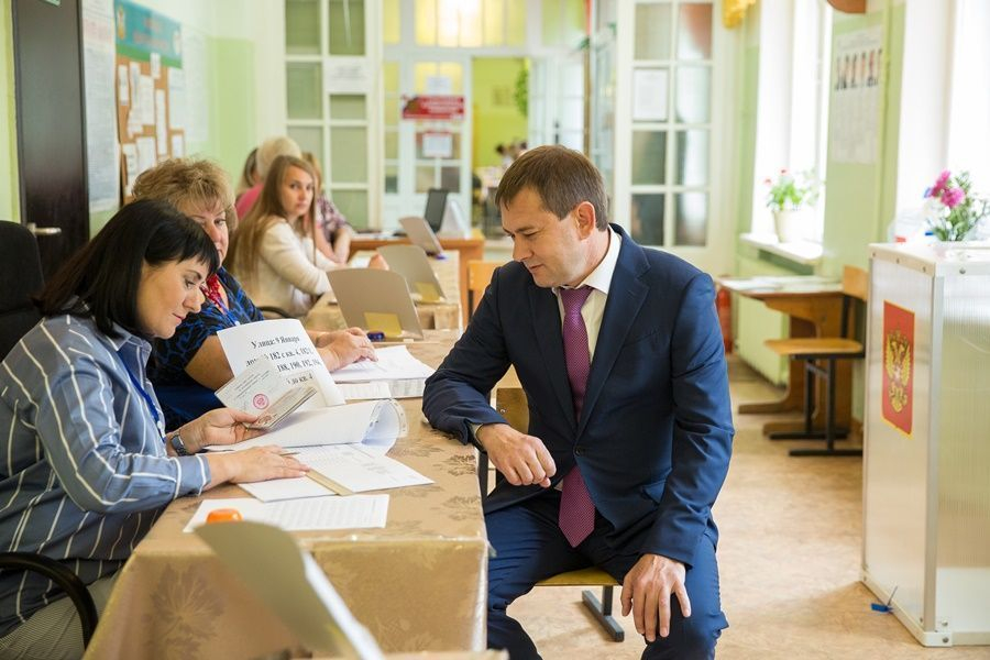 Спикер Воронежской облДумы Нетёсов сделал выбор 9 сентября