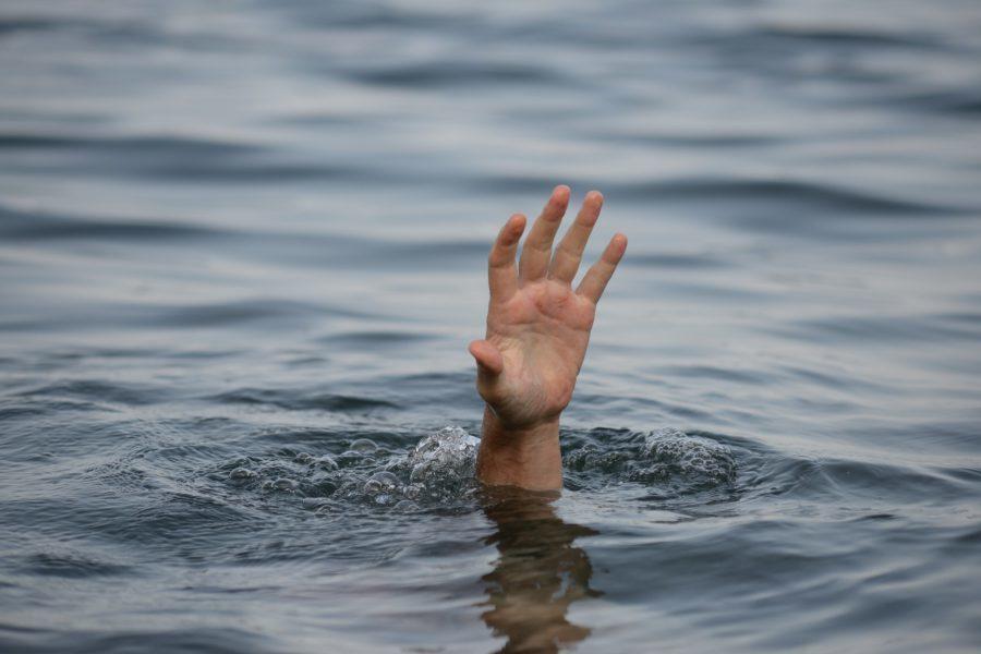 На глазах у детей на пляже в Воронеже утонул мужчина