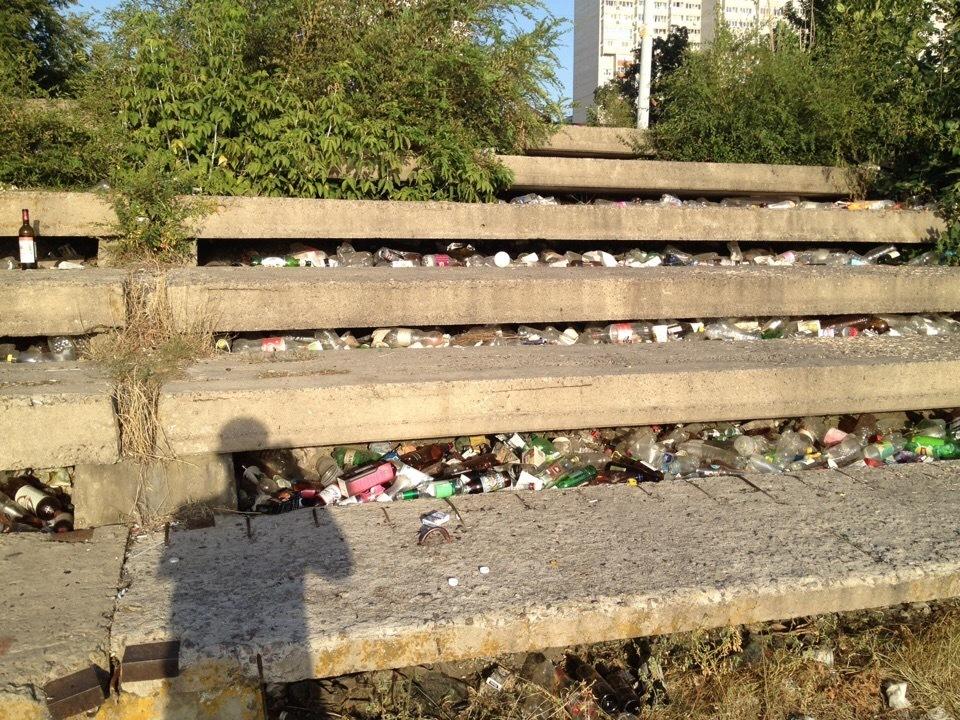 Воронежцы превратили в помойку живописное место на левом берегу