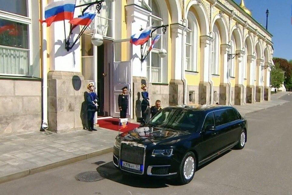Новый лимузин Владимира Путина оценили воронежские автомобилисты