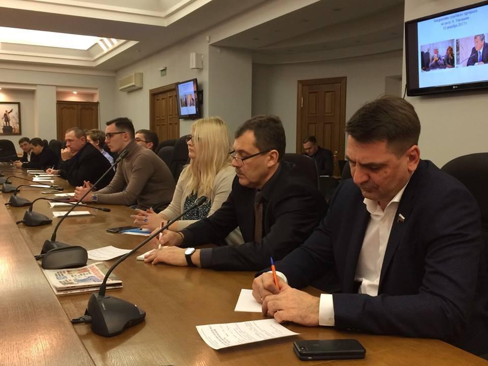 На воронежском клубе политологов показали Гордеева и Гусева - наоборот
