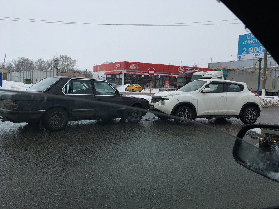 В легком ДТП под Воронежем погиб водитель BMW