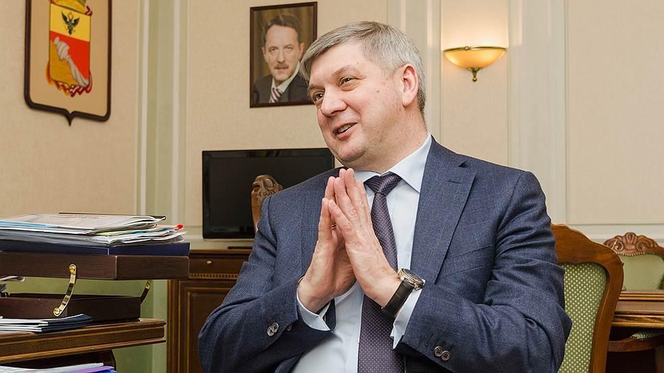 Гусев заявил, что воронежцы стали положительнее оценивать работу дорожников