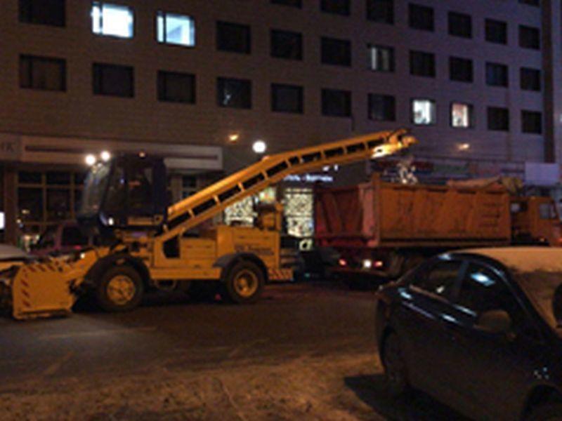 За прошедшую ночь в Воронеже вывезли 1765 кубометров снега