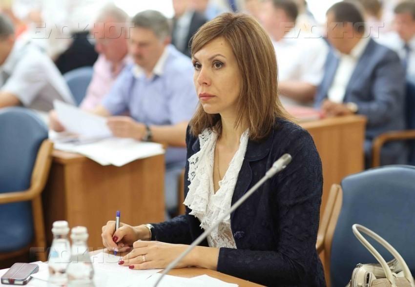 «Блатная» чиновница покидает мэрию Воронежа