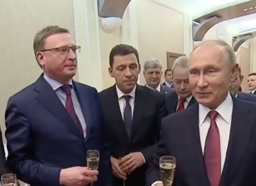Александр Гусев попал на шампанское к Путину