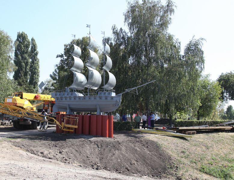 Мэрия Воронежа избавила от ограждения баркалон «Меркурий»