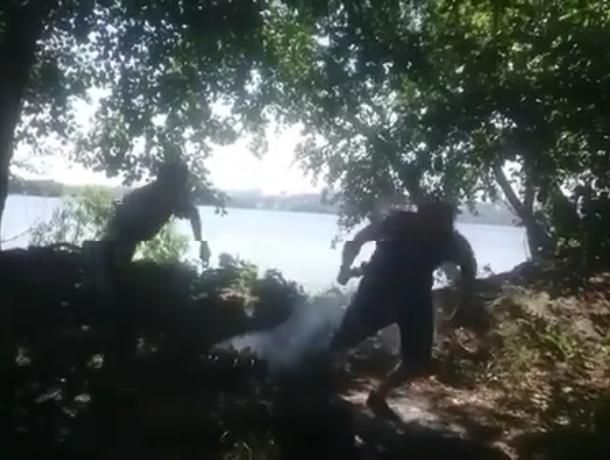 Воронежец прикинулся уткой, чтобы украсть шашлык