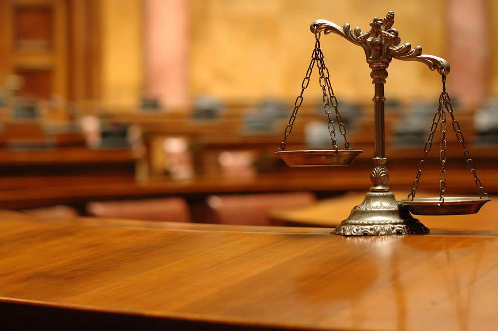Пьяный водитель BMW X5, который разнес шиномонтаж с работником, ответит в суде