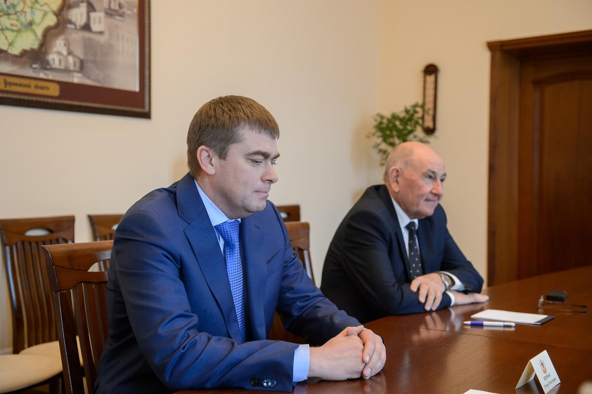 В гостях у Гусева в Воронеже Шевцов передал эстафету Кирносу