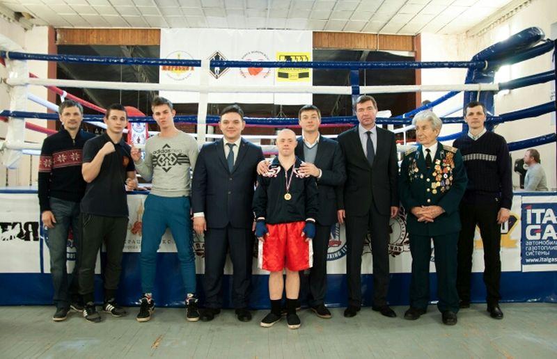 В Воронеже боксерские команды почтили память погибших работников органов госбезопасности