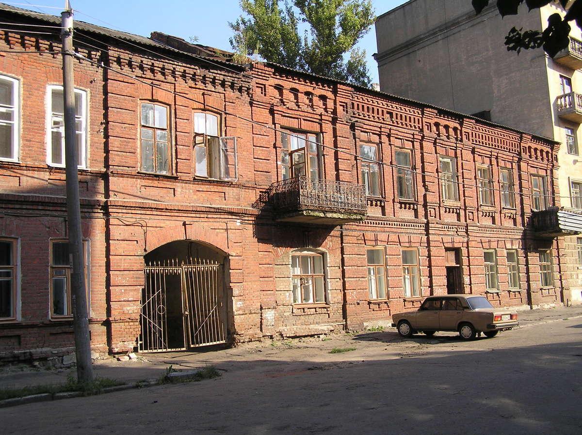 В центре Воронежа восстановят два исторических дома Стародубовой и Клюева
