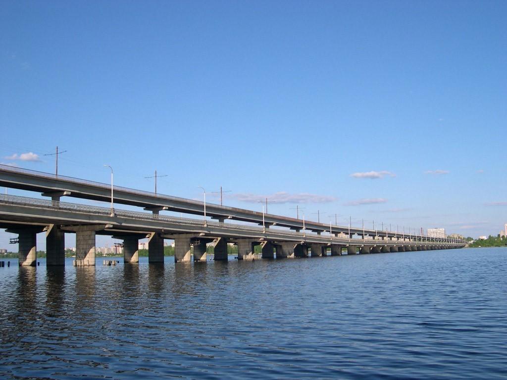 Воронежец ради спасения девушки спрыгнул с Северного моста