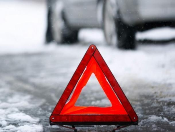 Три человека пострадали в аварии на воронежской трассе