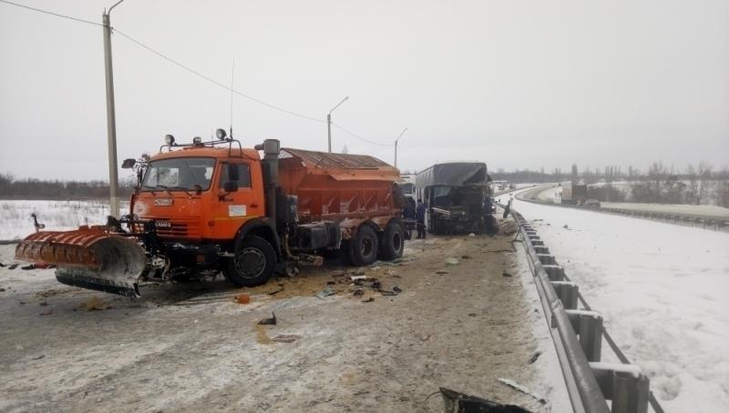 Под Воронежем 4 человека пострадали вДТП савтобусом