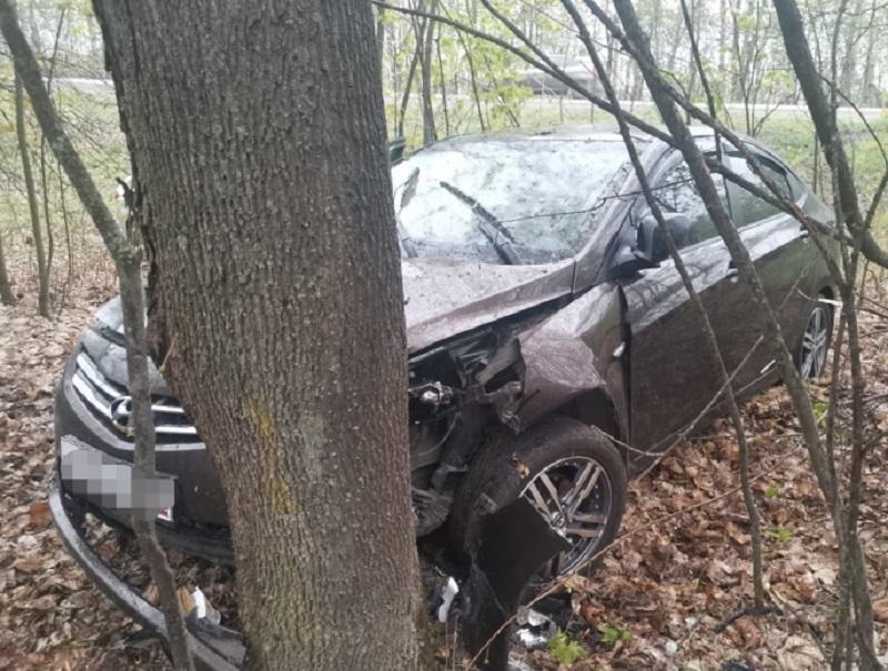 Съехали в кювет: пять человек пострадали в двух ДТП в Воронежской области