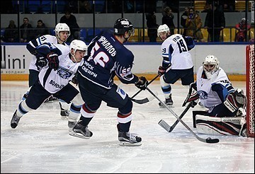 «Буран» проиграл в Воронеже «Спутнику», ведя в счете 2:0