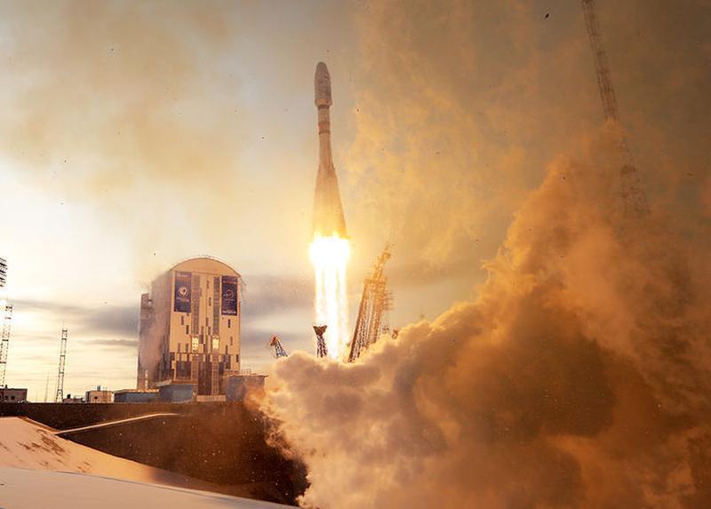Шнуров посвятил неудачному запуску спутника «Метеор-М» ироничное стихотворение