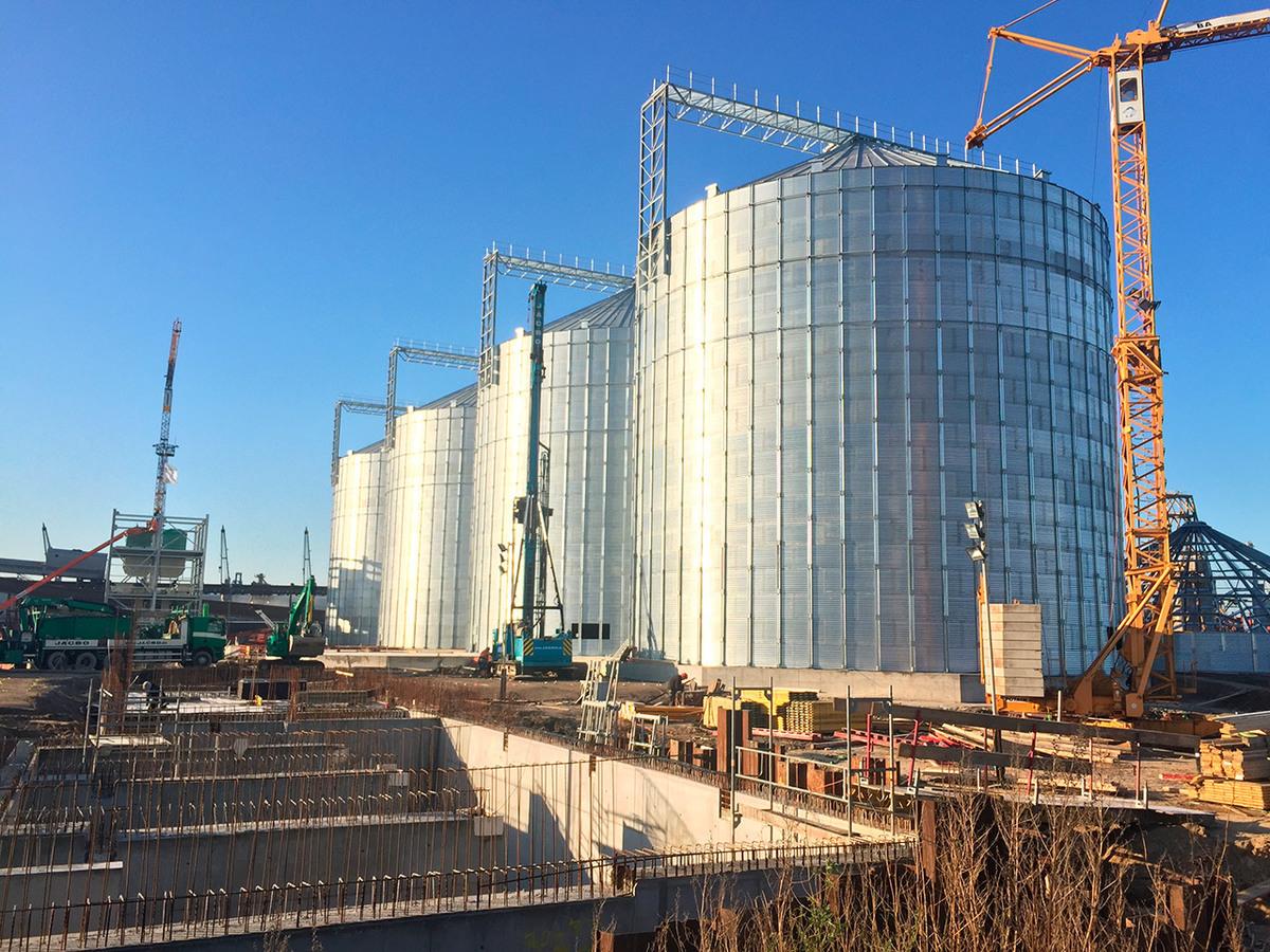 В громадный зерновой терминал в Воронежской области вложат 5 млрд рублей