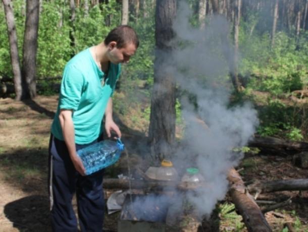 Воронежское МЧС устроит охоту на любителей жарить в лесу