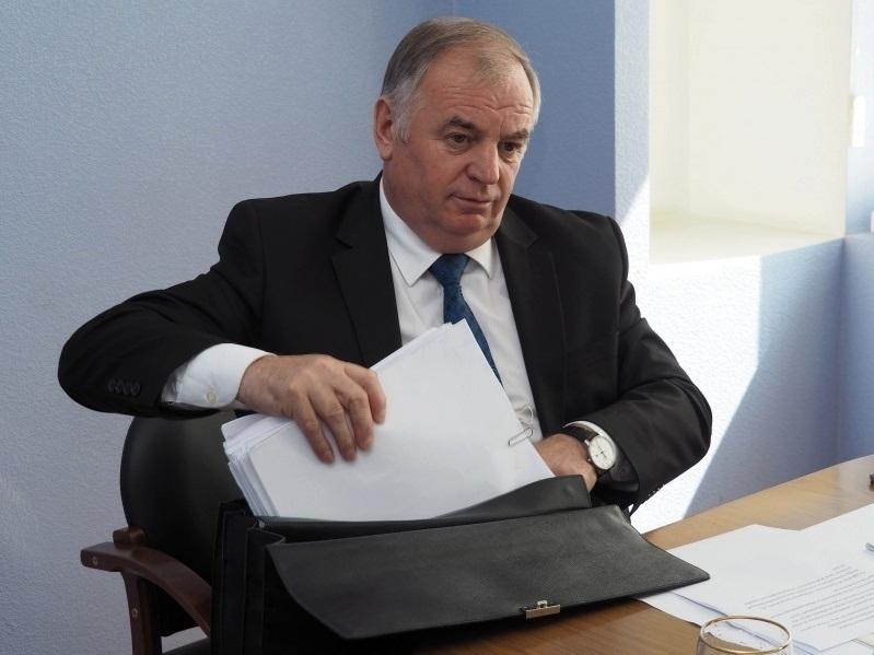 Экс-префект Чернышов рассказал, почему его арестованной дочери разрешено ходить по Воронежу