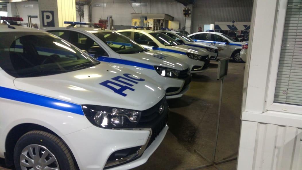 Опубликованы снимки новых машин ДПС в Воронеже