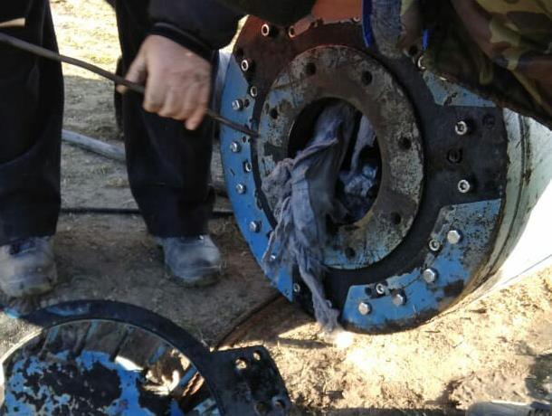 Нетипичную вещь подняли из канализации в Воронеже