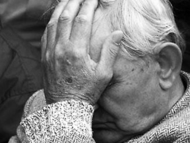 Молодой почтальон цинично лишил пенсионера денег в Воронеже
