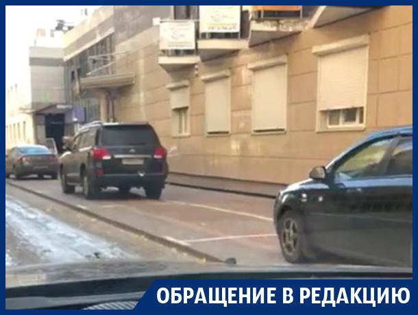 Нарисованные платные парковки сбили с толку автомобилистов в Воронеже