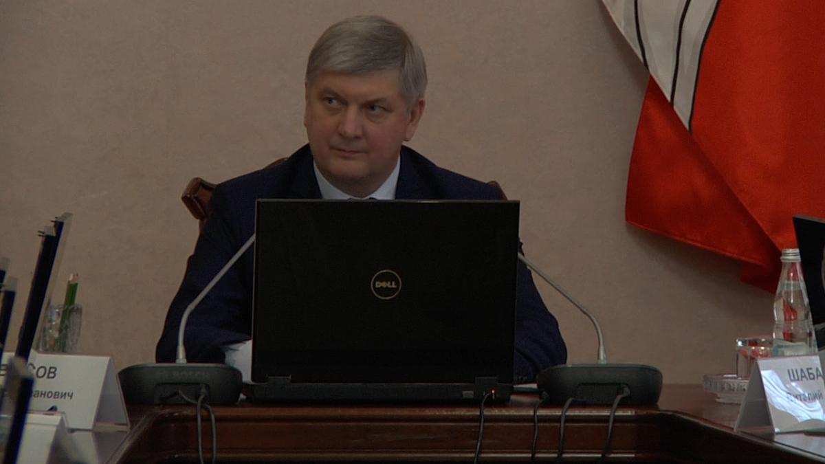 Губернатор Гусев решил без траты денег создать новый департамент
