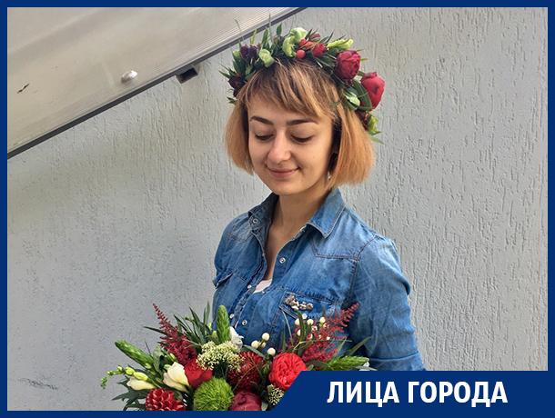 Сейчас мужчин принято удивлять, - создатель воронежского цветочного бара Елена Мухина