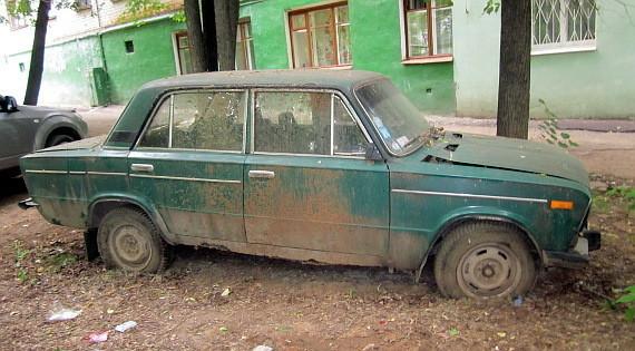 Воронежские власти решили, что будут делать с брошенными авто на улицах