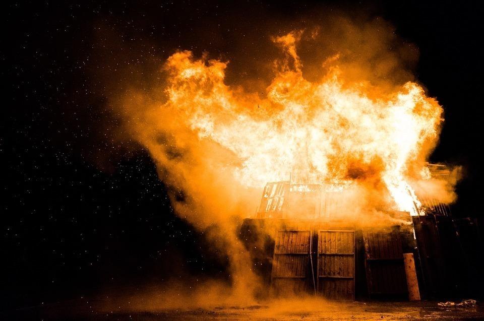 Мстительный 21-летний воронежец поджег дом своему знакомому