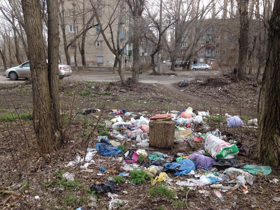 картинки мусорка много мусора стиля морибаны растение